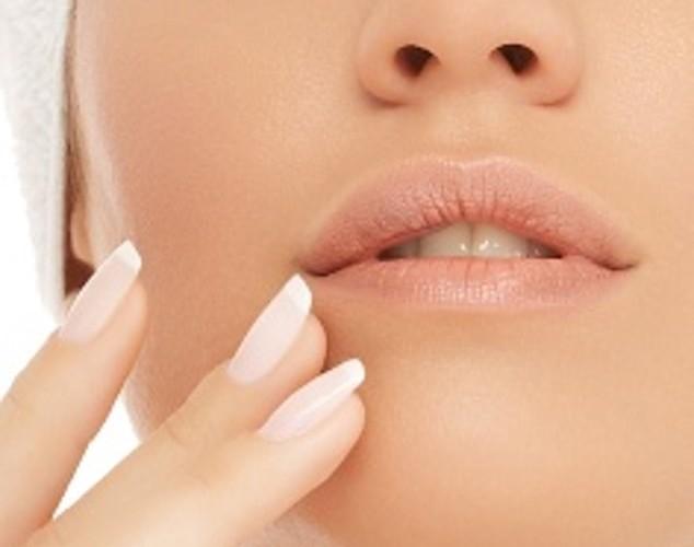 קורס און ליין – ארומתרפיה לבעיות עור